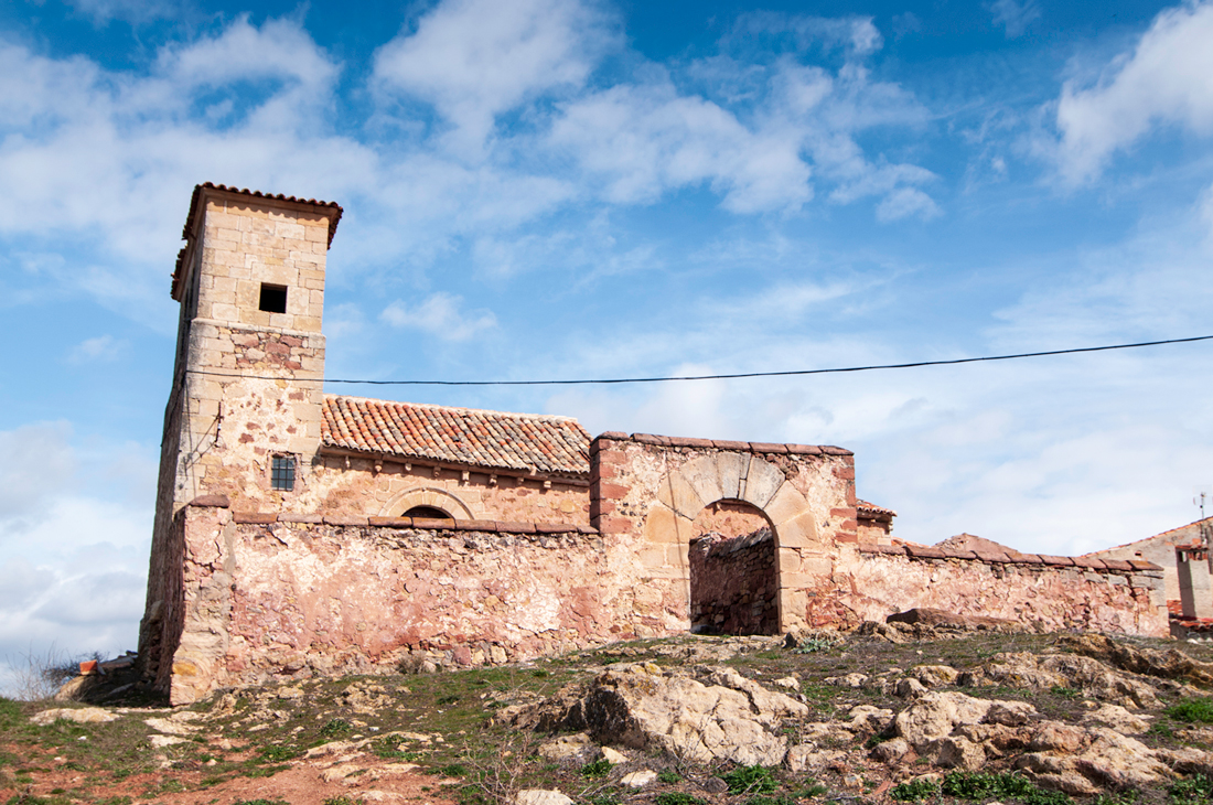 Mejora la señalización del  Camino del Cid en el Alto Tajo