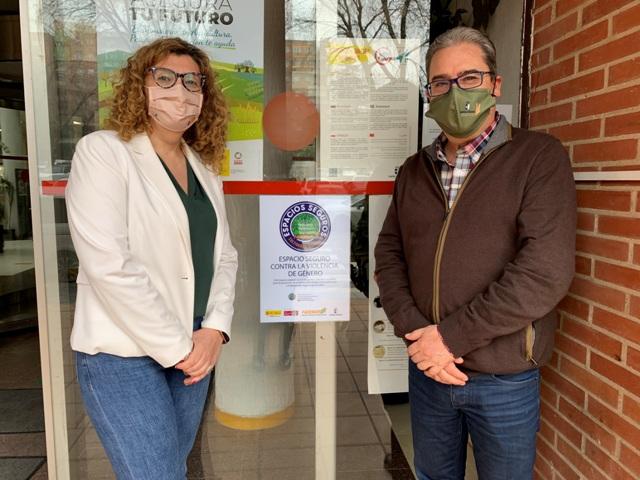Molina y Checa ofrecen espacios seguros contra la violencia de género en el medio rural