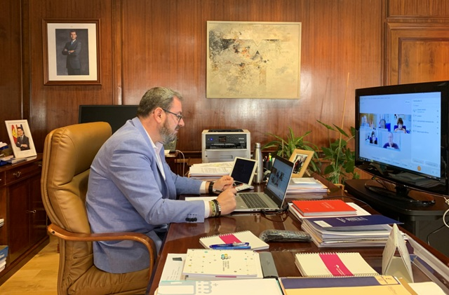 El delegado de la Junta  trata varias cuestiones en torno a los cauces de la CHE en Molina